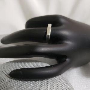 Sterling Silver(925) Lovely Bar Ring